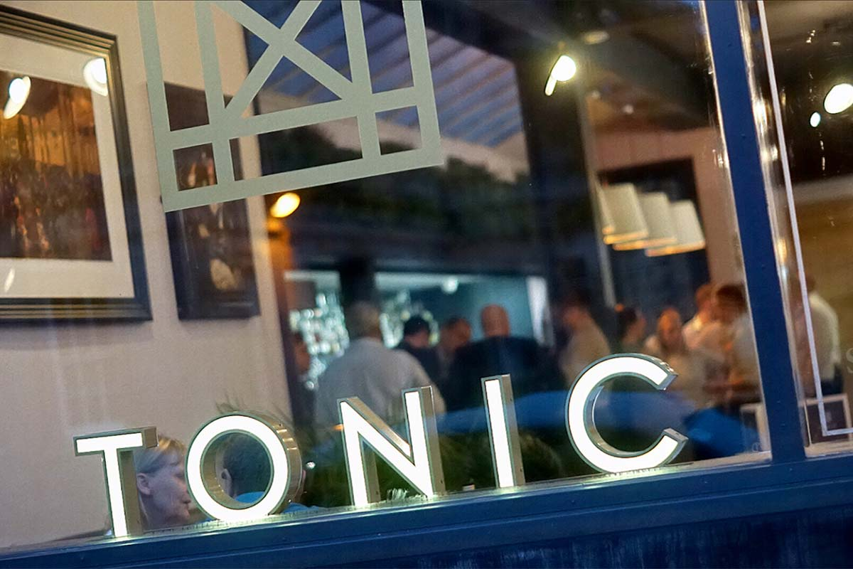 tonic-worcester-sign